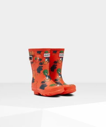 Hunter Original Little Kids Peter Rabbit Wellies Lava Red