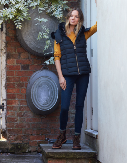 Joules Merrium Padded Gilet with Faux Fur Collar Navy