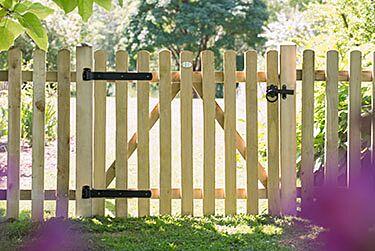 Forest Garden Heavy Duty Pale Gate 3ft