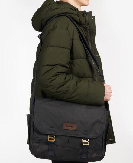 Barbour Essential Wax Messenger Bag Navy