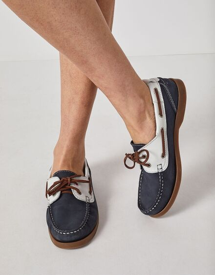 Crew Clothing Leather Boat Shoes Navy/White