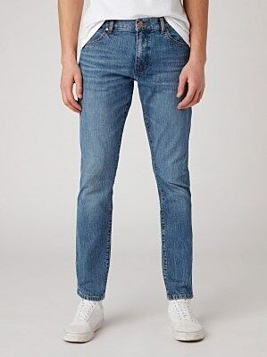 Wrangler Larston Denim Jeans In The Hero